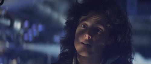 Sigourney Weaver Alien Alien AvPGalaxy Review