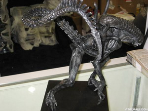 20070730 - AvP2 Alien NECA Figure