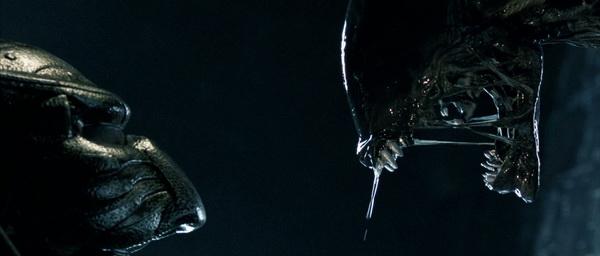 Gill Predator vs Grid Alien - AvP Blu-Ray Review AvP Blu-Ray Review