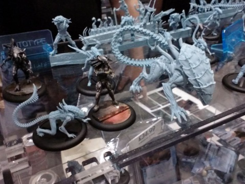 Y0EL7Y1 AvP Miniature Game Pics from Salute 2014