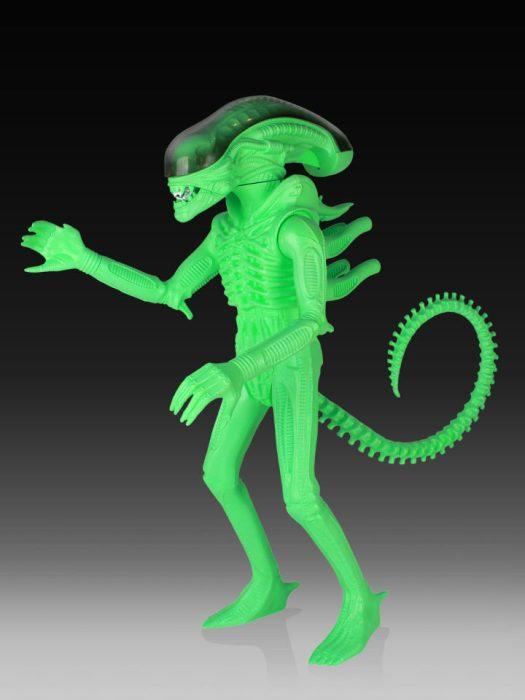Alien Figure Alien & Predator Comic-Con 2014 Merchandise