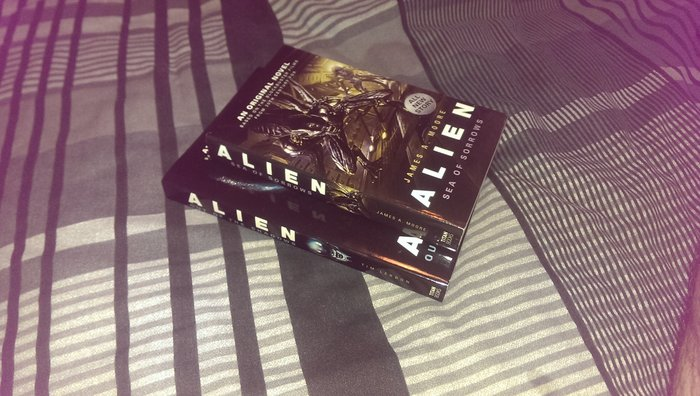 Noticeable size difference between the 2 novels. Alien - Sea of Sorrows Review