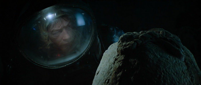 Kane Examining an Alien Egg Kane