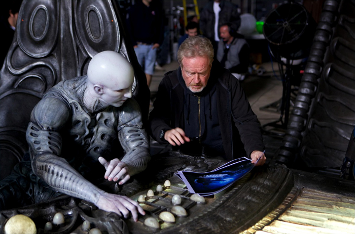 Ridley Scott instructs Ian Whyte filming the scene in Prometheus where David witnesses the last days of the Engineer facility.  Ian Whyte Interview (2)