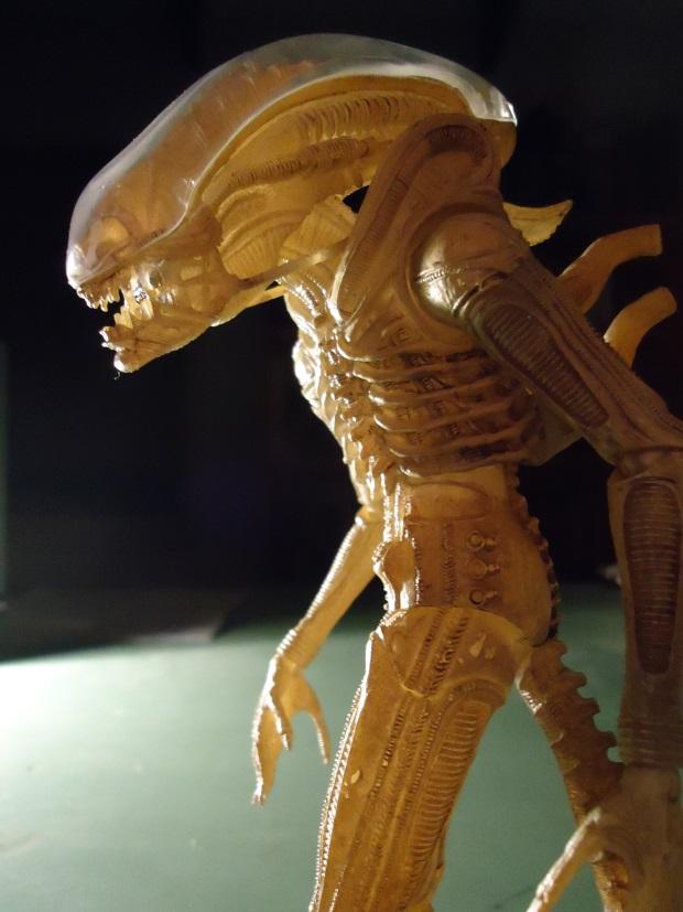 Translucent_10 NECA Aliens Series 7 - Xenomorph Prototype Suit Review