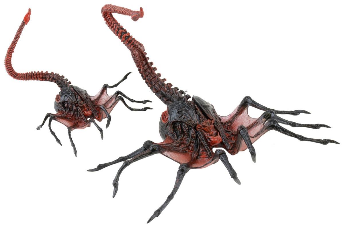 Xenomorph Queen Facehugger NECA Reveals Aliens Se...