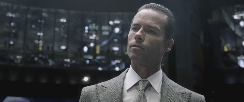 Alien vs. Predator Galaxy can exclusively reveal that Guy Pearce will be returning to portray Peter Weyland once again in Alien: Covenant! AvPGalaxy Exclusive: Guy Pearce Returns for Alien: Covenant!