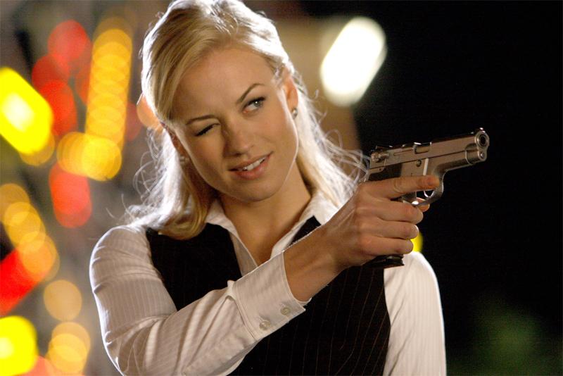 Yvonne Strahovski In Negotiations To Appear in The Predator