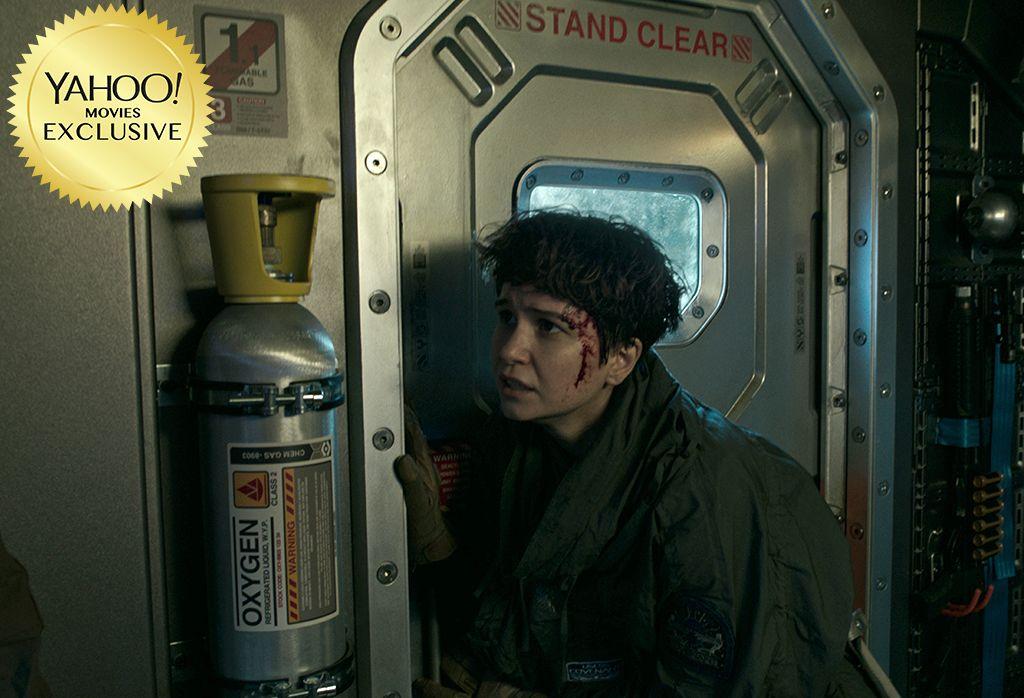 New Alien: Covenant Still of Injured Daniels