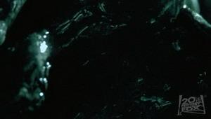 20031030_04 AvP Teaser Trailer Online