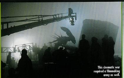 20040606_08 New AvP Pictures in Fangoria