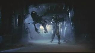 20040805_03 Alien/Predator Fight Sequence