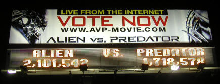 20040806_01 AvP Billboards Sighted In LA