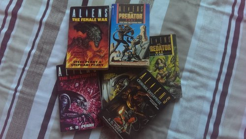 All 6 of the Alien novels written by S.D Perry Stephani Danelle Perry Interview