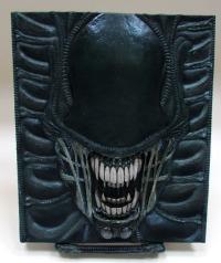 weyland2 Alien: The Weyland-Yutani Report Collectors' Edition