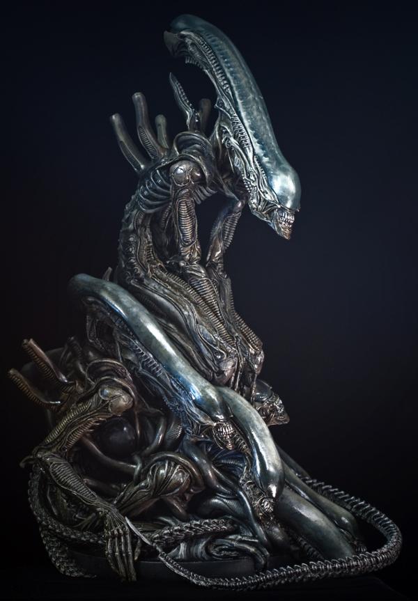 "The Takayuki Takeya ""Alien Pile"" model kit. Painted by Jim Jackson. The Hunt Begins: The Early Days of Peter Briggs' Alien vs. Predator"