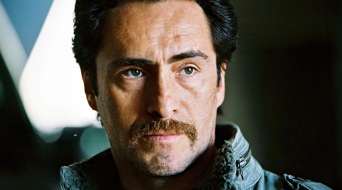 Demian Bichir joins Michael Fassbender, Katherine Waterston and Danny McBride in Alien: Covenant Demian Bichir Cast in Alien: Covenant!