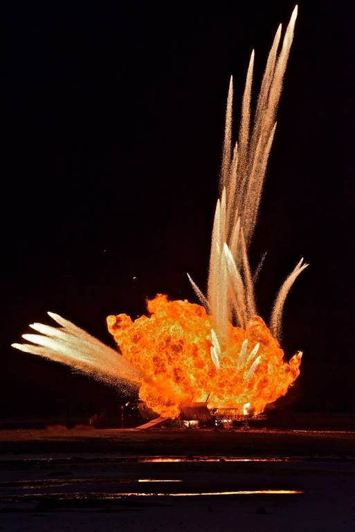 110416_05 *Spoiler Alert: Explosion Seen on Location of Alien: Covenant