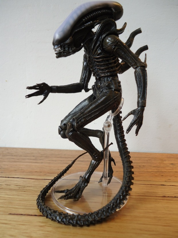windebieste reviews NECA's Alien Isolation Xenomorph NECA Alien Series 6 – Alien Isolation Xenomorph Review