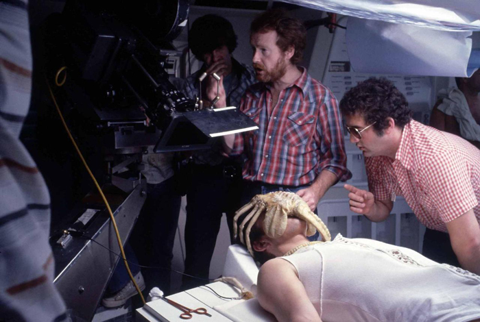 "Ridley Scott thinks Alien: Covenant will ""scare the shit out of people"". Ridley Scott Thinks Alien: Covenant Will"