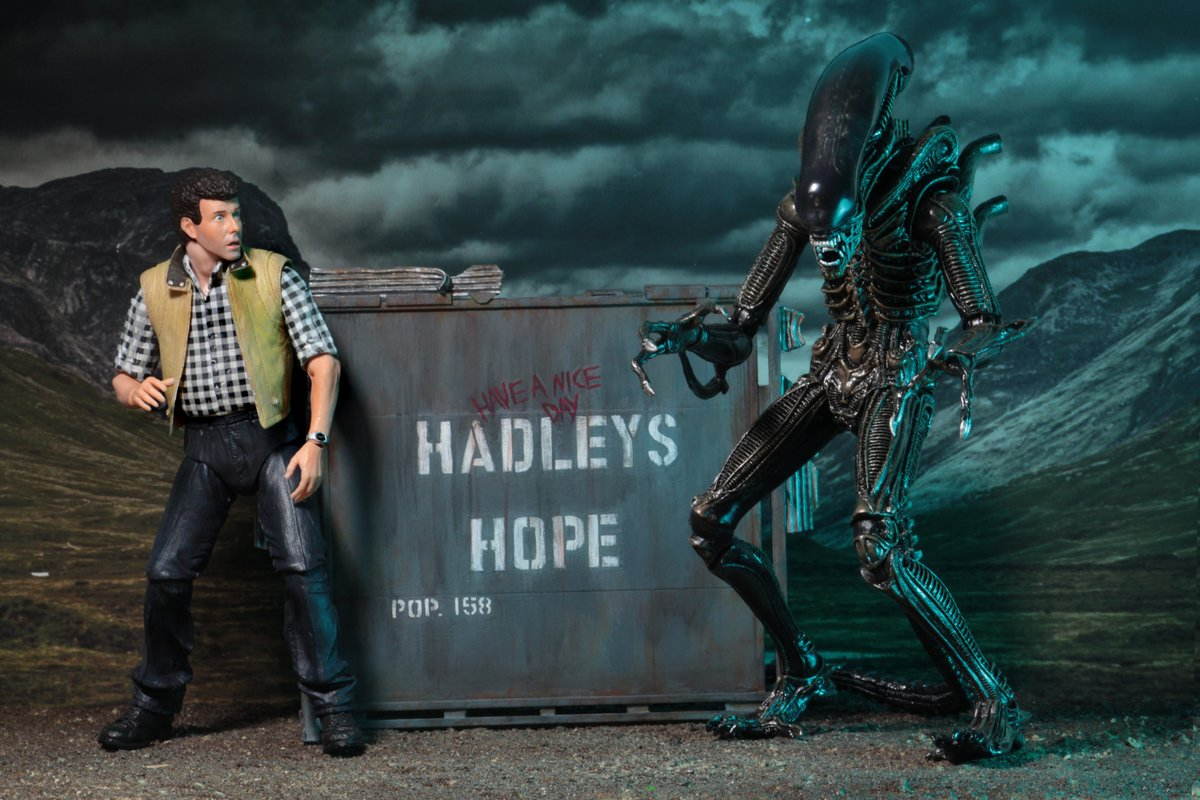 NECA Announces Burke and Aliens Hadley's Hope Two Pack!