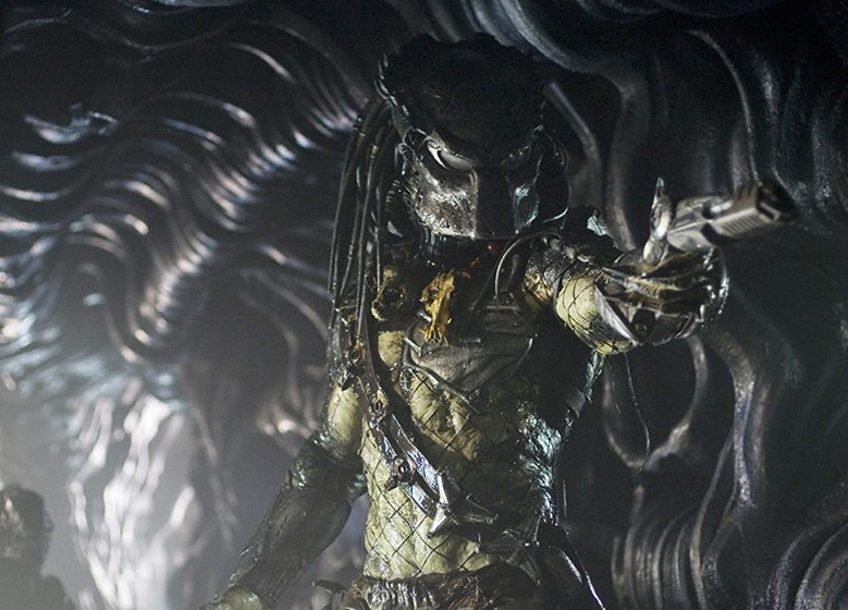 Alec Gillis and Tom Woodruff talk The Predator and Blomkamp's Alien 5