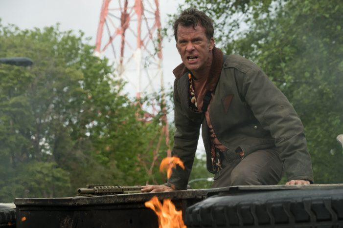 """""""When Shane Hits That Tone There's Nothing Like it"""" - Thomas Jane Talks The Predator"""