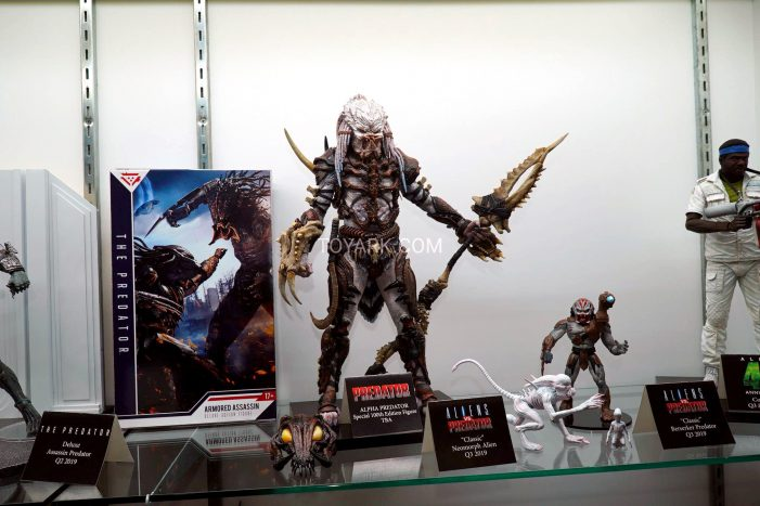 Toy-Fair-2019-NECA-Alien-and-Predator-016