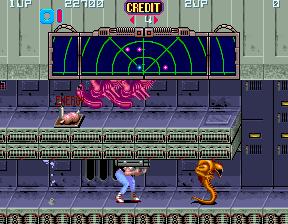 653857-aliens-arcade-screenshot-crawling-through-tunnels