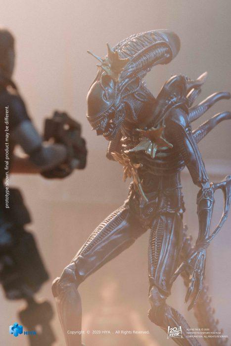 Hiya-Aliens-Damaged-Alien-Warrior-003
