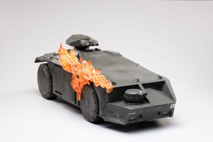 Hiya-Toys-Aliens-Burning-APC-002