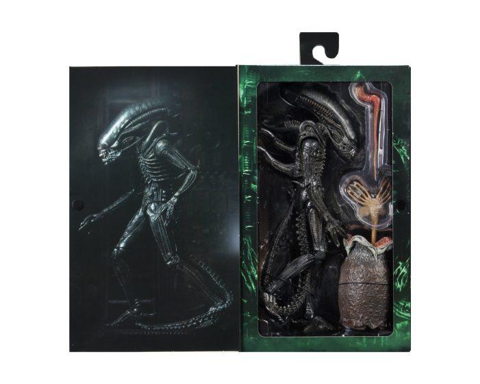 Ultimate-Big-Chap-Alien-Packaging-004