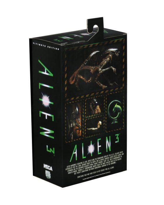 Ultimate-Dog-Alien-003
