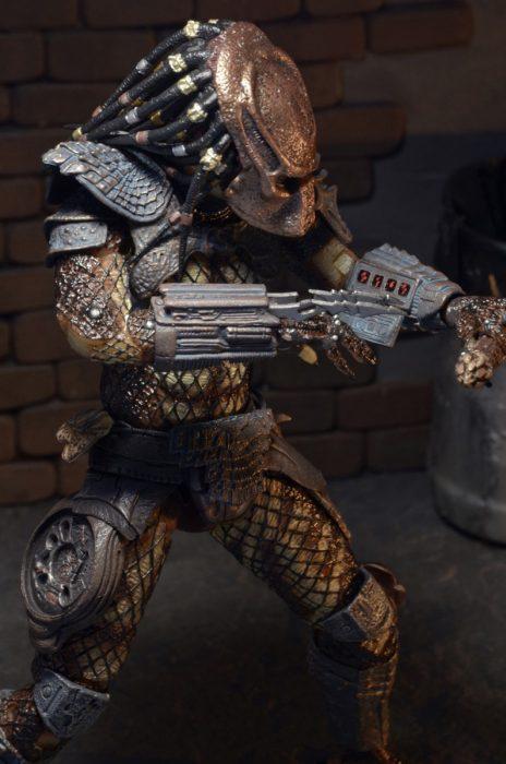 NECA-Ultimate-City-Hunter-Predator-003
