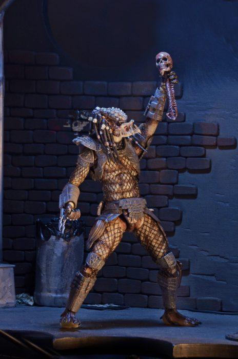 NECA-Ultimate-City-Hunter-Predator-007
