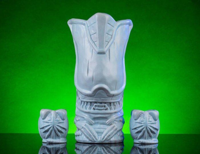 AvP Galaxy Alien Day Competition: Mondo's Alien Queen & Eggs Tiki Mug Set