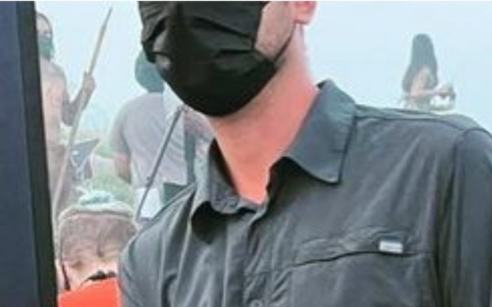 "First Look at Costumes in New Predator Film ""Skulls"""